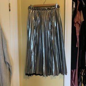 Dresses & Skirts - Silver Pleated Midi Skirt